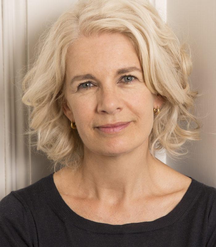 Renee Knight - Author